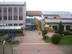 Haupteingang-Viktor-von-Scheffel-Realschule