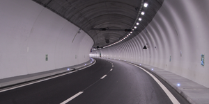 Tunnel-02-goog