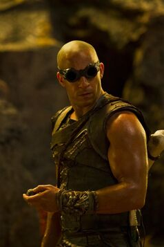 Riddick-1-570x855