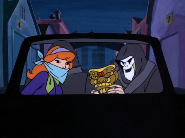 File:Scare Pair kidnap Daphne.png