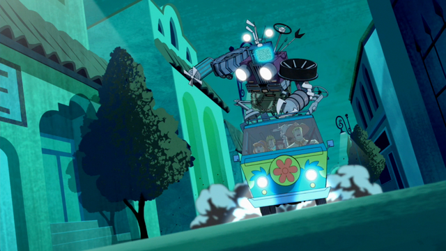 File:Junk stands on Mystery Machine.png
