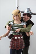 How to train your dragon astrid y u no hug by haricovert cosplay-d4hv7n7