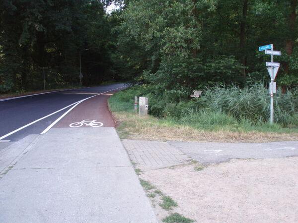 Border marker DE-NL South 589