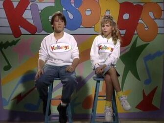 S01E01 Kidsongs Television Show Our First TV Show!