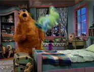 Bear calls Treelo yelling
