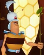 Freddy the Guard-Bee