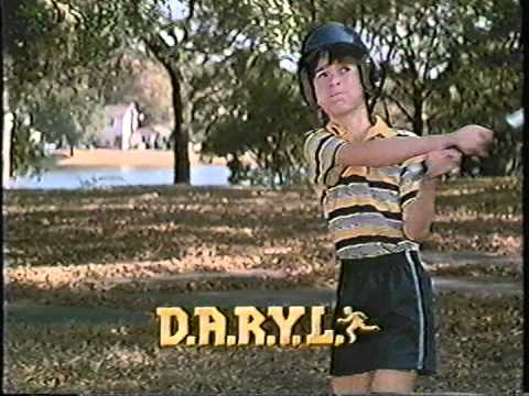 File:DARYL from Paramount Family Favorites Promo.jpg