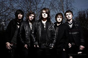 Asking Alexandria x a98512c2