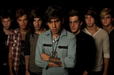 Crown The Empire 242405 519111854781754 5112845