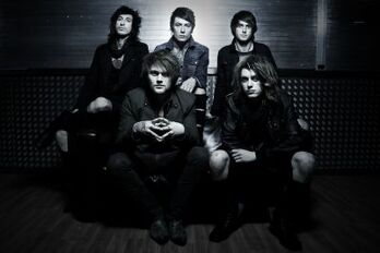 Asking alexandria black&white