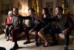 Scream-Queens-Thanksgiving-1x10-promotional-picture-scream-queens-fox-39026907-620-420
