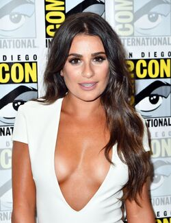 Lea-michele-scream-queens-press-line-at-comic-con-in-san-diego-07-22-2016-9