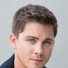 <b>Logan Lerman</b> - Gaston Roberts