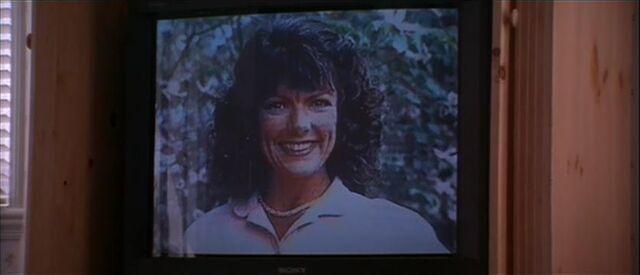 File:Maureen on TV.jpg
