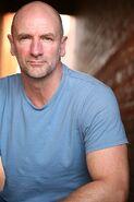 Scott Riley (Graham McTavish)