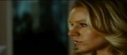Chloe Garrett-Kristen Bell y821