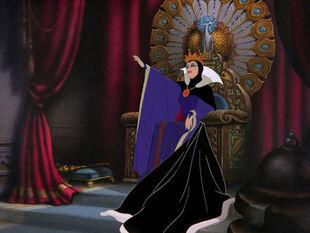 Queenthrone