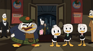 The Golden Lagoon of White Agony Plains Glomgold party 3