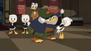 The Golden Lagoon of White Agony Plains Glomgold party 4