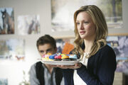 9x11 Lucy with cupcakes