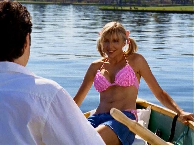 File:3x3 Elliot in bikini.jpg