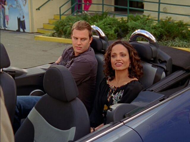 File:6x8-Carla and Keith in car.jpg