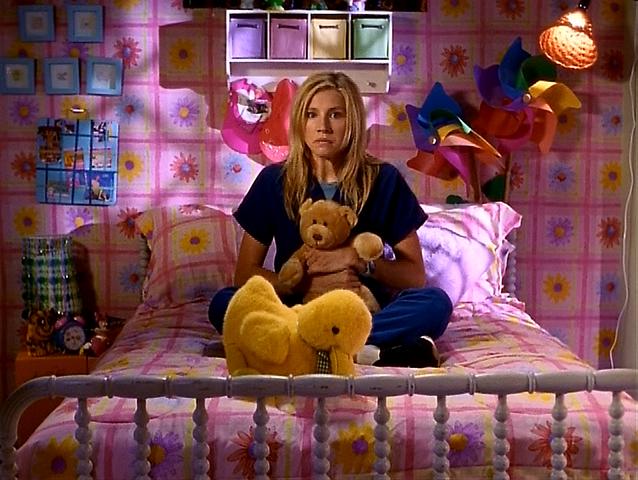 File:3x1 Elliot's room.png