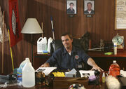 7x10 Janitor takes over Kelso's office