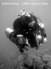 Sopia-Ponce-Scuba-Diving-Record-02