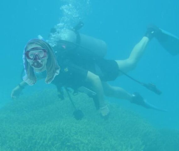 File:Natalie Portman scuba diving.jpg
