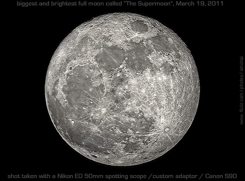 The Moon - La Luna - Der Mond - Supermoon