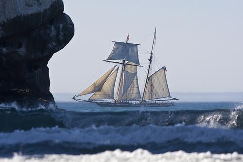 File:Privateer ship Lynx in Morro Bay, CA privateer-ship-lynx-morro-bay.jpg