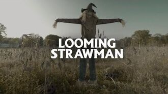 Looming Strawman - Spirit Halloween