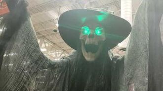 Home Depot 2019 Towering Macabre Witch SVI