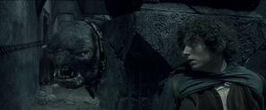 Troll des cavernes et frodon