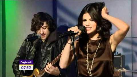 HD Selena Gomez & The Scene - Round And Round live @ Daybreak