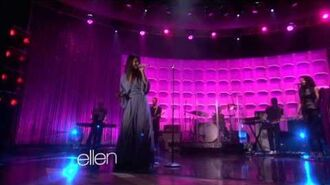 Come & Get It - Selena Gomez (Live @ the Ellen DeGeneres Show)