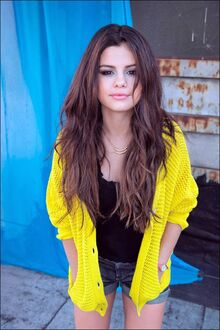Selena-Gomez-Adidas-Neo-Photoshoot-006