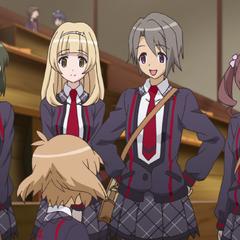 Hibiki with her friends