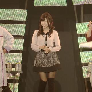 Hideo, Kikuko and Tomokazu chatting while others preparing for live.