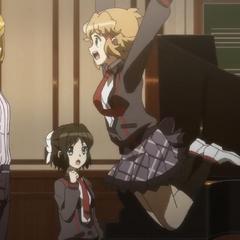 Hibiki tried to hug her teacher