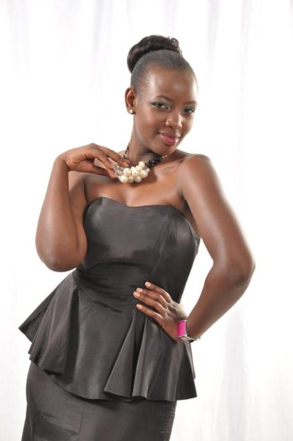 Mumbi Maina Nude Photos 100