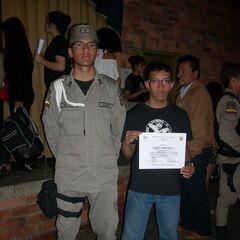 Jairo en la ceremonia de Ascenso con Yimer Reyes