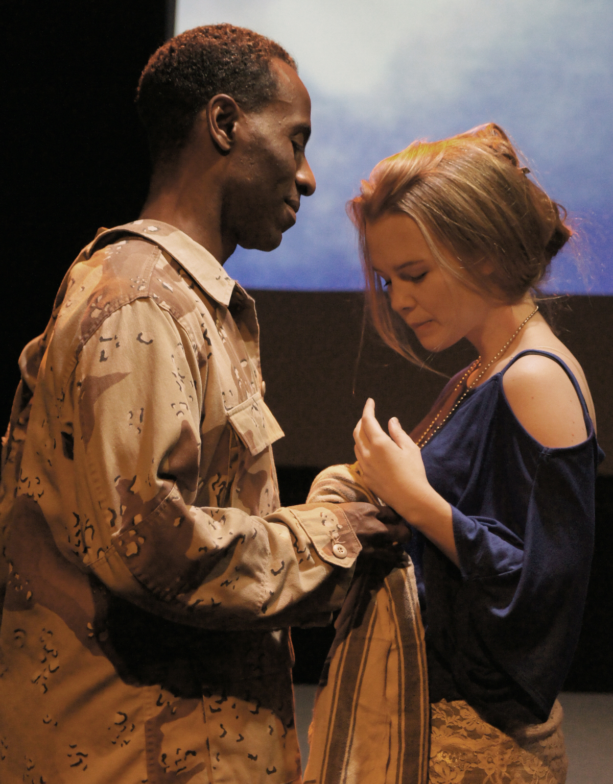 the issue of war and soldiery in shakespeares othello Othello has fought for many years, and it is the tragedy and adventure in his life that drew desdemona's love unfortunately for her, iago's slander of desdemona shifts othello from a lovestruck mindset to a militaristic one.