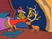 How-the-grinch-stole-christmas-max