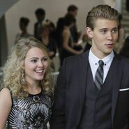 Carrie-Diaries-Season-Two-Style