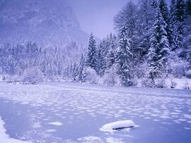 Frozen-Lake-Of-Ionorix