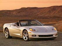 2005-chevrolet-corvette-c6-convertible-front-angle-view-588x441
