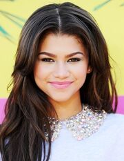 Zendaya Coleman Kids Choice Awards 2013 1kB8sCxSlCxl