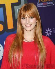 Bella Thorne 089